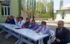 Demirci Kaymakamı Mutlu Akyol Alaağaç Mahallesinde halk toplantısı yaptı