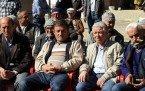 Demirci Kaymakamı Mutlu Akyol  İcikler'de Vatandaşı Dinledi