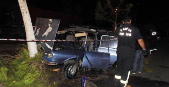 Ağaçlara çarparak duran otomobilden 2 yaralı çıktı