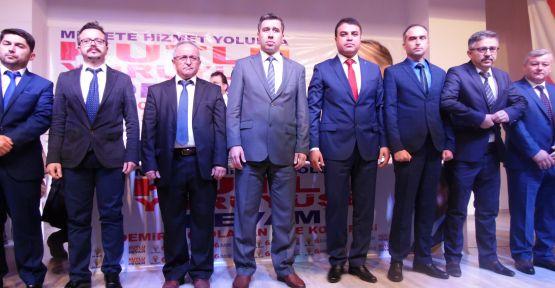 Demirci AKP'de yeni başkan Mehmet Acar