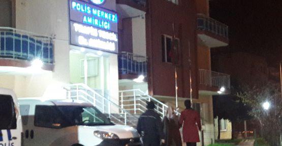 Demirci 'de FETÖ şüphelisi 2 kişi gözaltına alındı