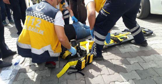 Demirci'de kaza motosiklet sürücüsü yaralandı