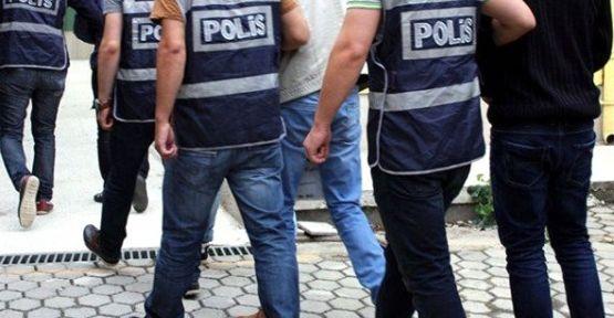 Fetö'den 4 kişi gözaltına alındı 2 kişi aranıyor