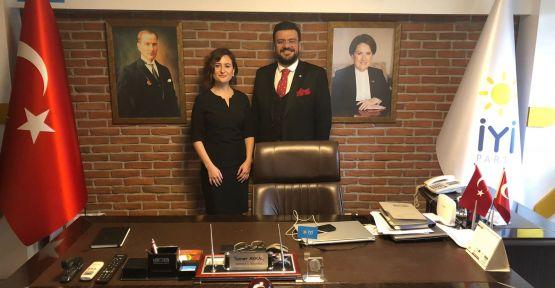 İyi Parti'de Bir Avukat İlçe Başkanı Daha Göreve Getirldi