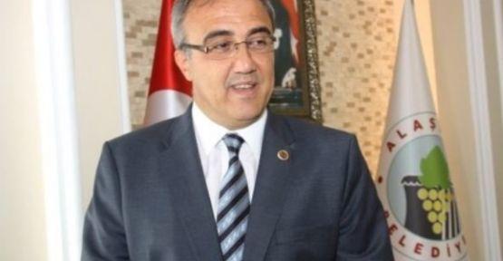 MHP'den ve Belediye başkanlığından istifa etti İYİ Parti'den aday adayı oldu