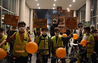 Akhisarlı Bisikletçiler Lösemili Çocuklar için pedal çevirdi