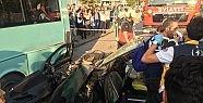 Üç araç birbirine girdi 5 kişi yaralandı