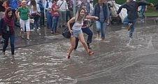 Sağanak yağış sele dönüşebilir