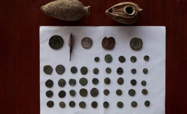 Tarihi değeri olan eşyalar ele geçirildi