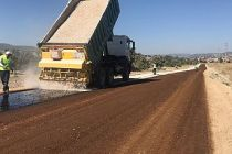 Demirci'de Yol Yapım Çalışmaları Hızlandı