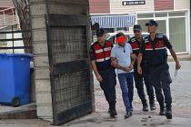 Demirci Jandarması evrakta sahtecilik şüphesiyle 1 kişiyi gözaltına aldı