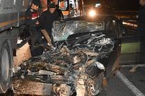 Otomobil Tıra Gövdeden Çarptı 1 Kişi Öldü