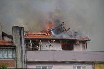 Demirci 'de Rüzgarlı Havada Çıkan Yangın İtfaiyeyi Teyakkuza Geçirdi