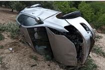Demirci'de Kaza! 25 Metrelik uçuruma yuvarlandı yaralandı