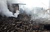 Demirci Söğütçük 'te 2 ev yangından zarar gördü