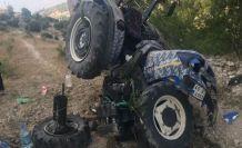 Traktör ortadan yarıldı 1 kişi ağır yaralandı