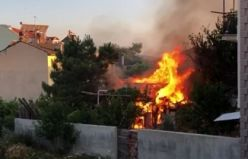 Demirci Kasımfakı Mahallesinde çıkan yangın korkuttu