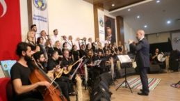 Turgutlu Belediyesi Türk Halk Müziği Korosundan Muhteşem Konser