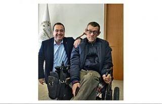 Akhisar Belediye Başkanı Besim Dutlulu'dan Engelliler...