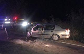 Gördes-Demirci yolunda feci kaza 2'si ağır...