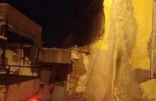 Depremle ilgili ilk bilgiler ve görüntüler