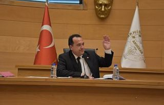 Akhisar Belediyesi işçilerinin maaşı asgari ücretin...