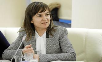 Egeli başarılı bilim insanı Prof. Dr. Arzum Erdem Gürsan'a önemli görev