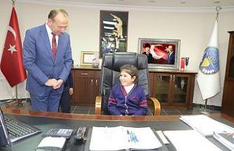 Turgutlu Belediye Başkanlığında Gün Çocukların Günüydü
