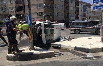 Kavşakta kaza! İki araç birbirine girdi  5 kişi yaralandı