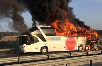 Akhisar'daki otobüs yangınından dehşet görüntüler