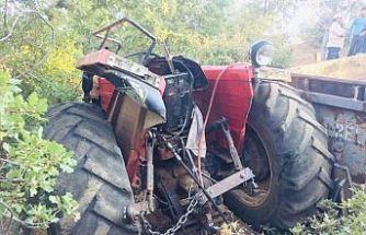 Traktör kazasında ağır yaralı sürücü yaşama tutunamadı