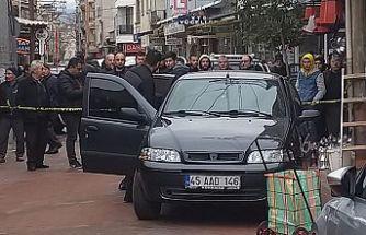 Sokakta silahlı kavga ! 1 kişi öldü