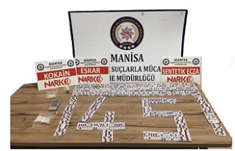 Manisa Polisinden Uyuşturucu Operasyonu 5 Kişi Gözaltına Alındı