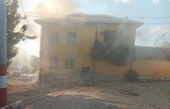 Son Dakika! Yangın çıkan ev kullanılamaz hale geldi