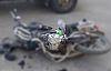 Motosiklet sürücü traktöre çarptı savruldu tır çarptı öldü