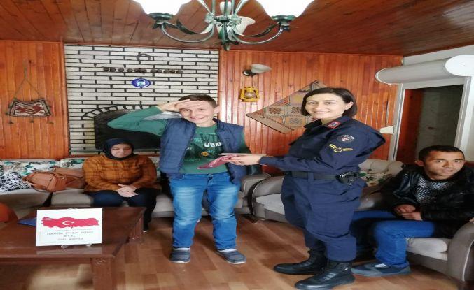 Demircili Özel Öğrencilerden Barış Pınarı Harekatındaki Mehmetçiklere mektup
