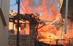 Manisa 'nın Demirci ilçesinde çıkan ev yangınında alevler korkuttu.