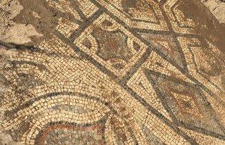 Roma Dönemine Ait Mozaikleri  5 Milyon Dolara Satacaklardı Ama....